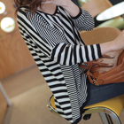 Loose fit Unbalance stripes patterns top